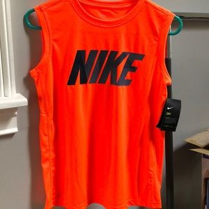 🏀Nike Dri-fit shirt